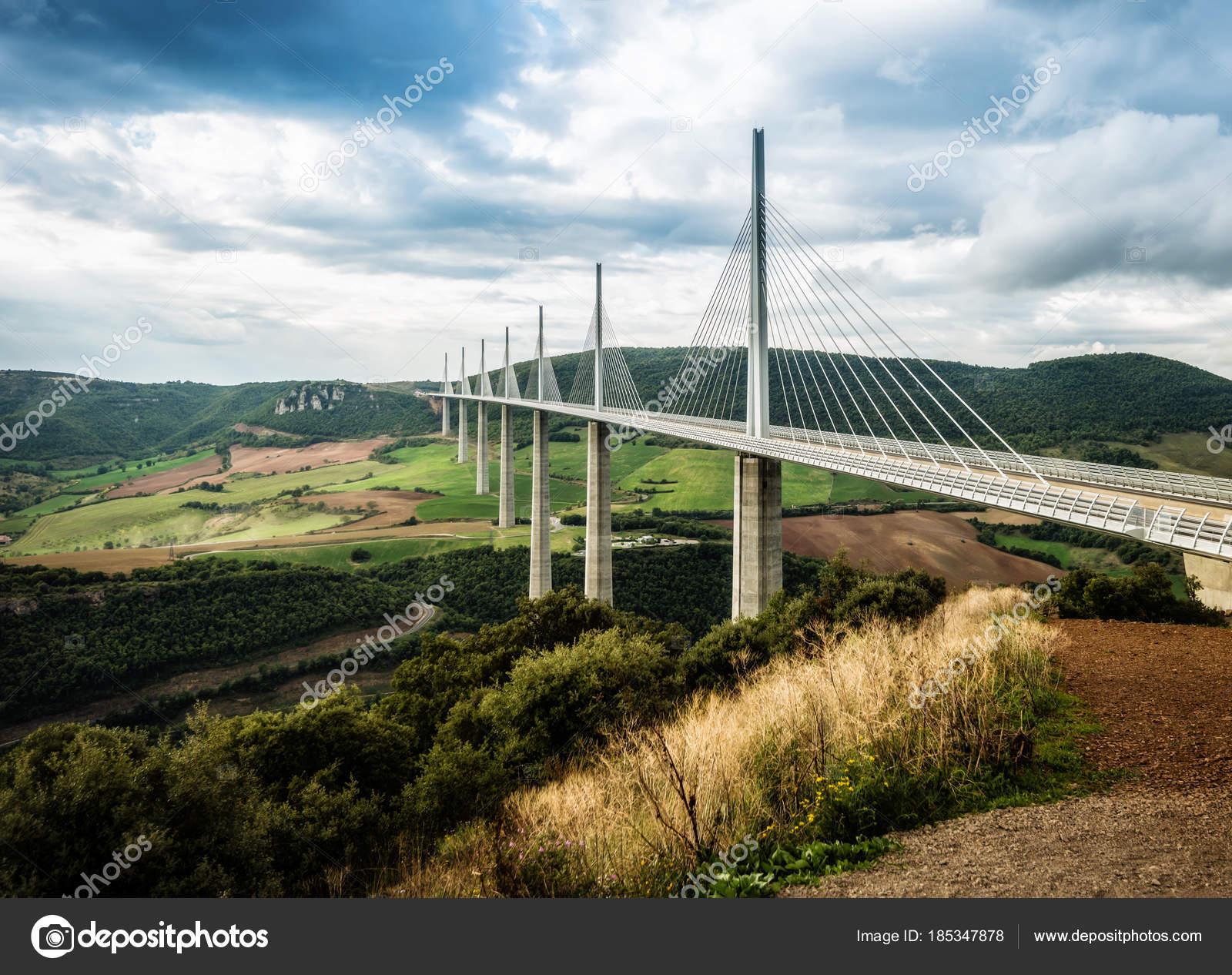 Pont Le Plus Haut Sur La Terre Viaduc De Millau France