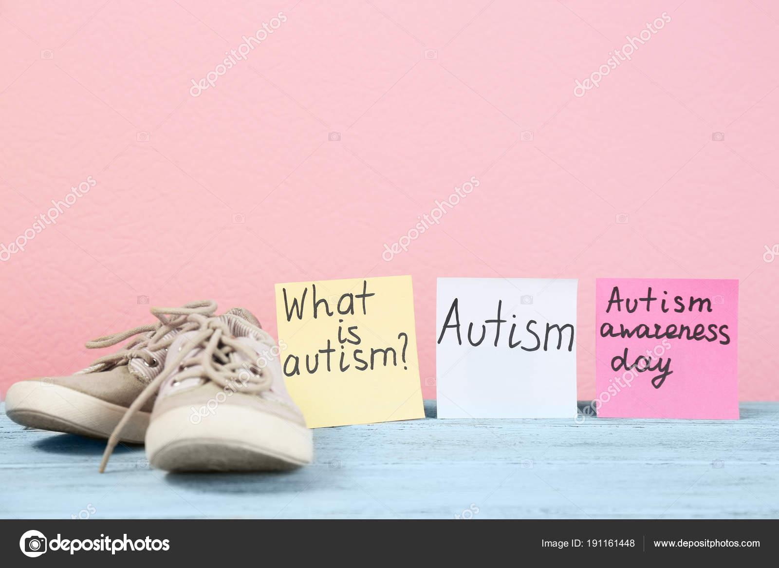 Observa Con Autismo Relacionadas Con Frases Y Formadores De