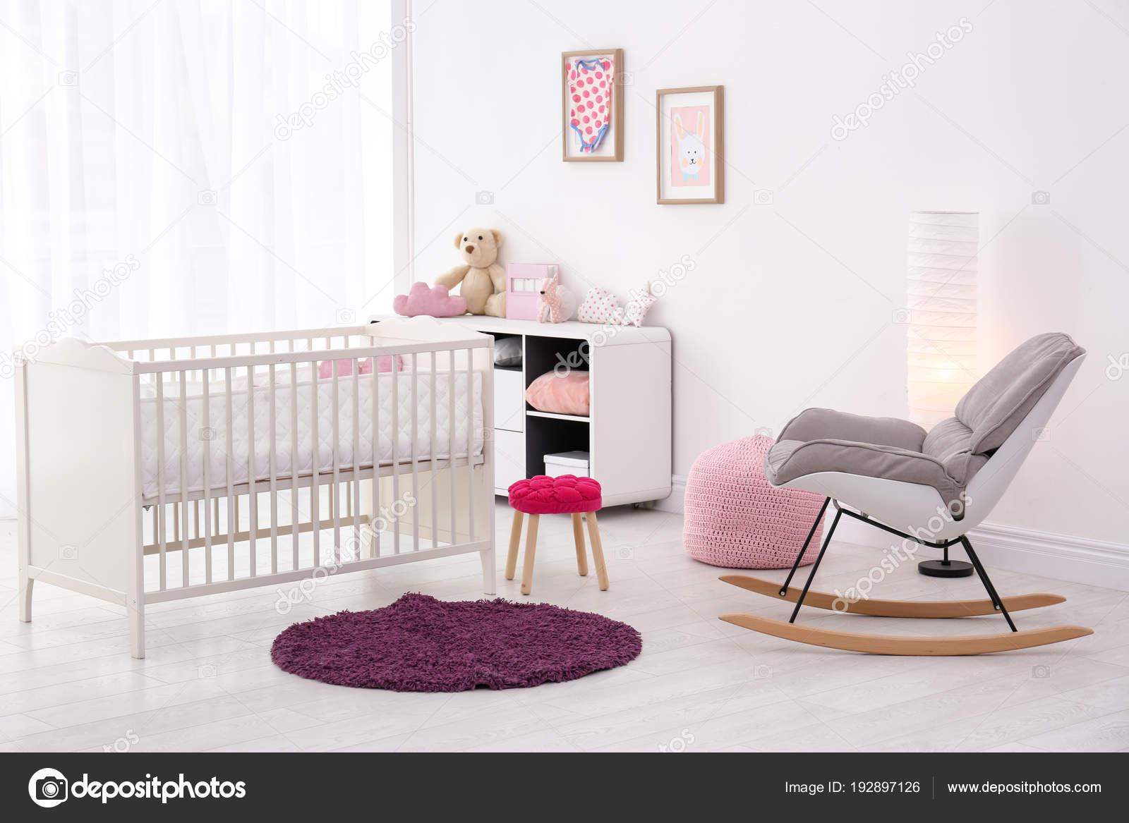 Lit Confortable Bébé Chaise Avec Berçante Intérieur Chambre Et 0OPwnk