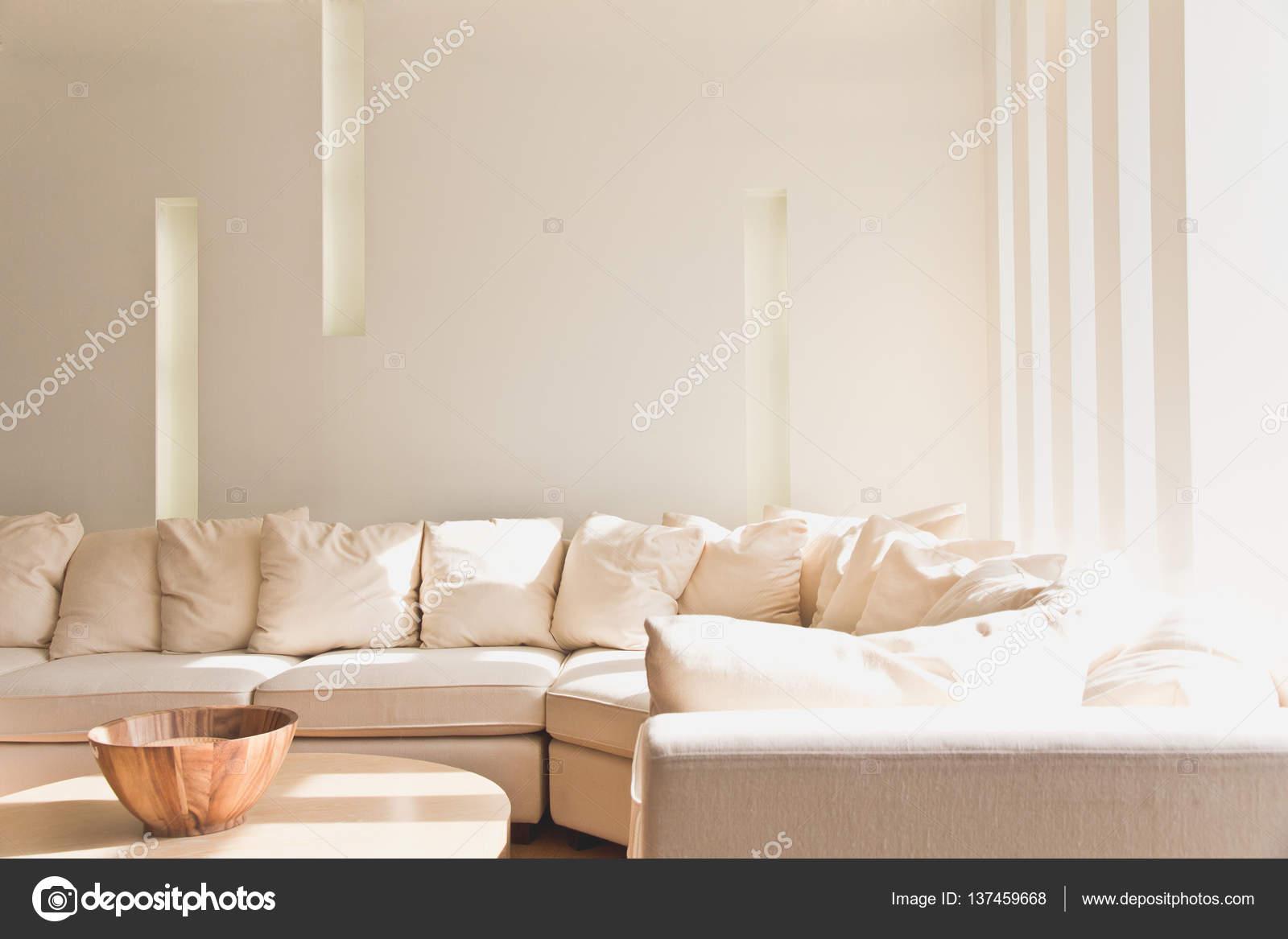 Wohnzimmer-Hintergrund — Stockfoto © ponsulak #137459668