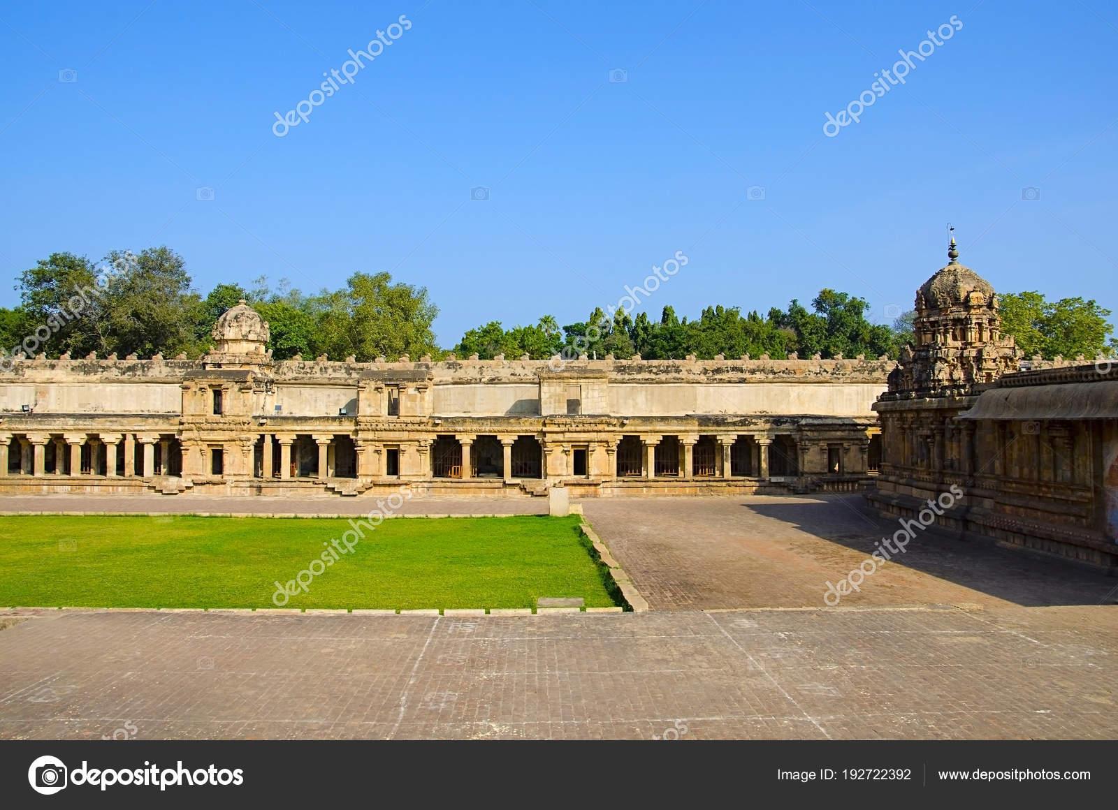 Brihadishvara Temple, Thanjavur, Tamil Nadu, India  Hindu