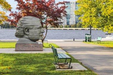 Arthur Fiedler head statue in Back Bay Boston