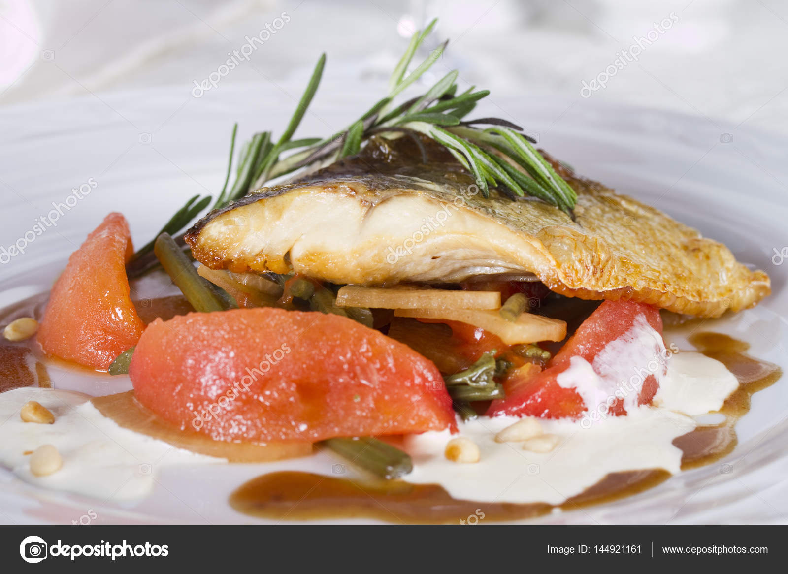 Baked pike perch: cooking recipes 54