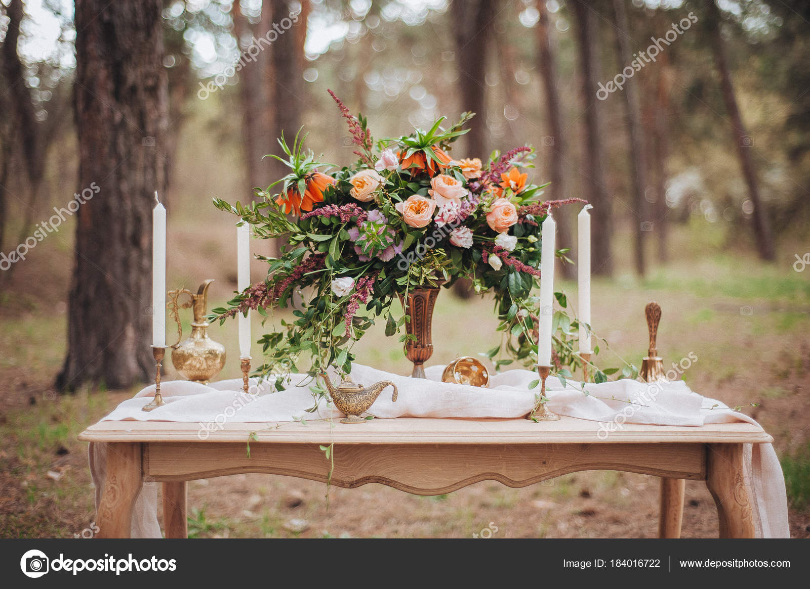Dekor Details Brautstrauß Zusammensetzung Hochzeitsdekorationen Auf ...