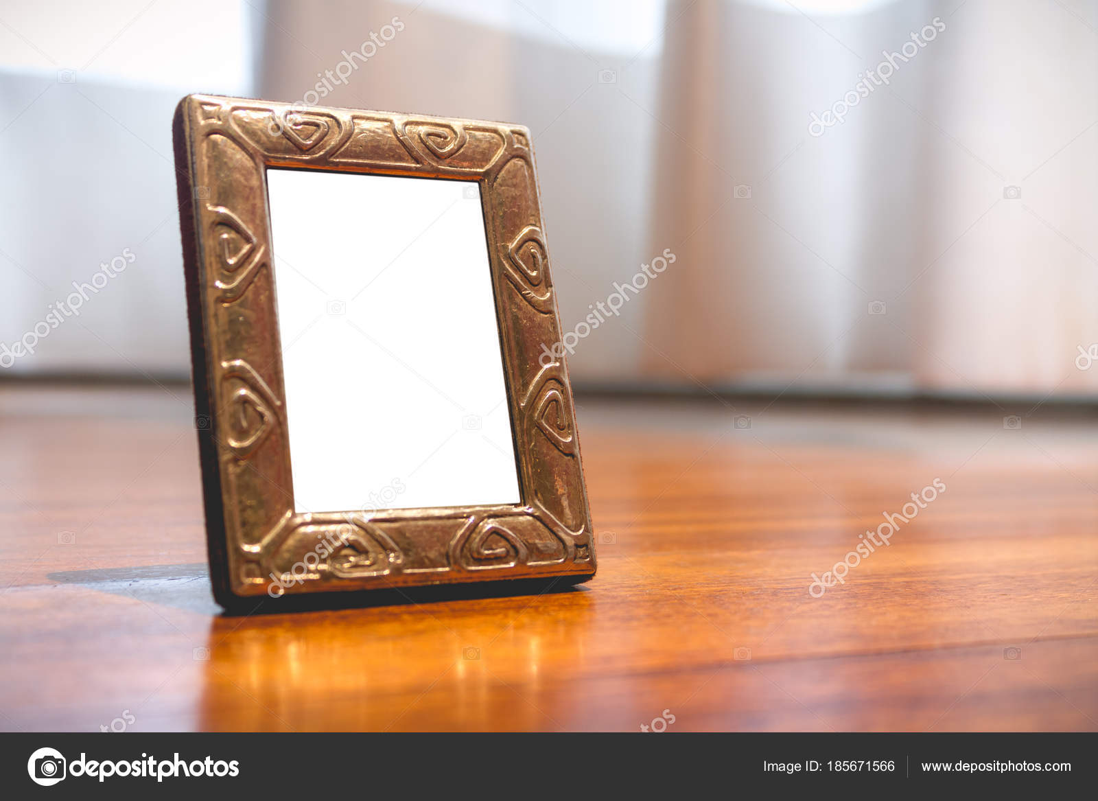 Marco de fotos plata miniatura Mock — Foto de stock © 4thebirds ...