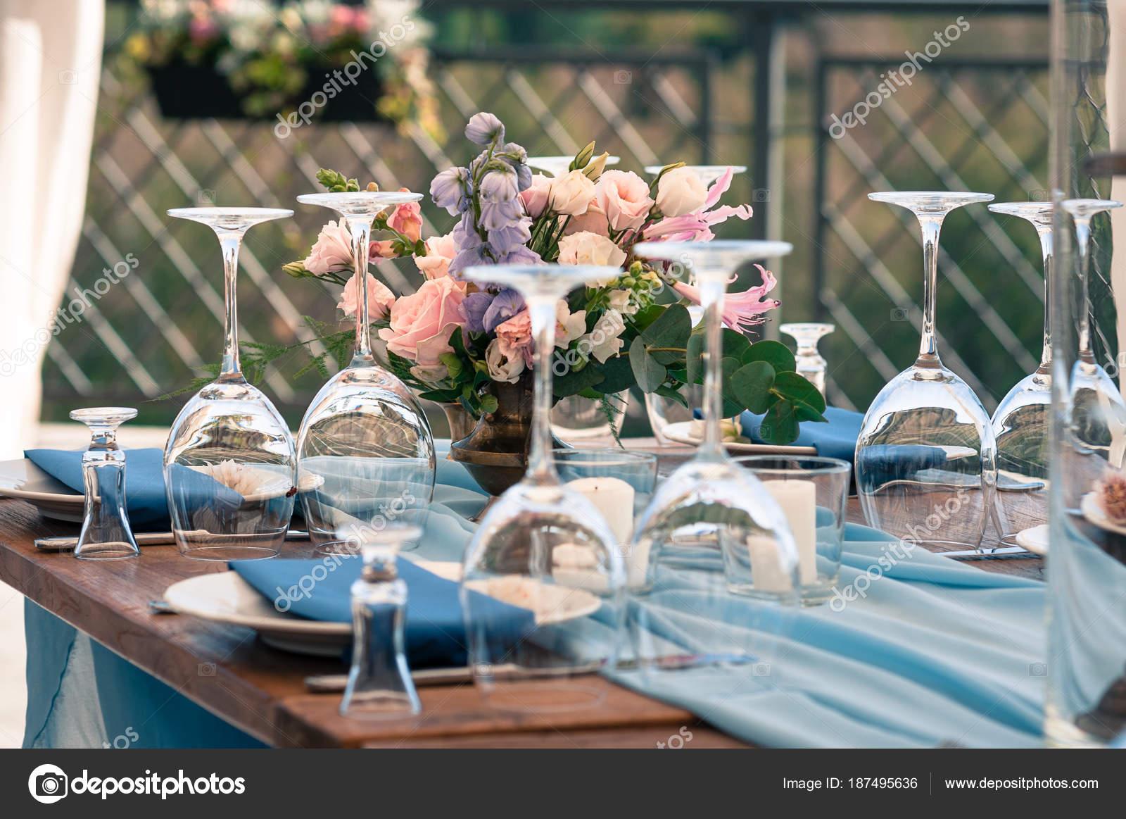 Svatba Nebo Udalosti Dekorace Tabulky Nastaveni Modre Ubrousky