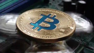 Валюта биткоин закрыли tips on binary options trading