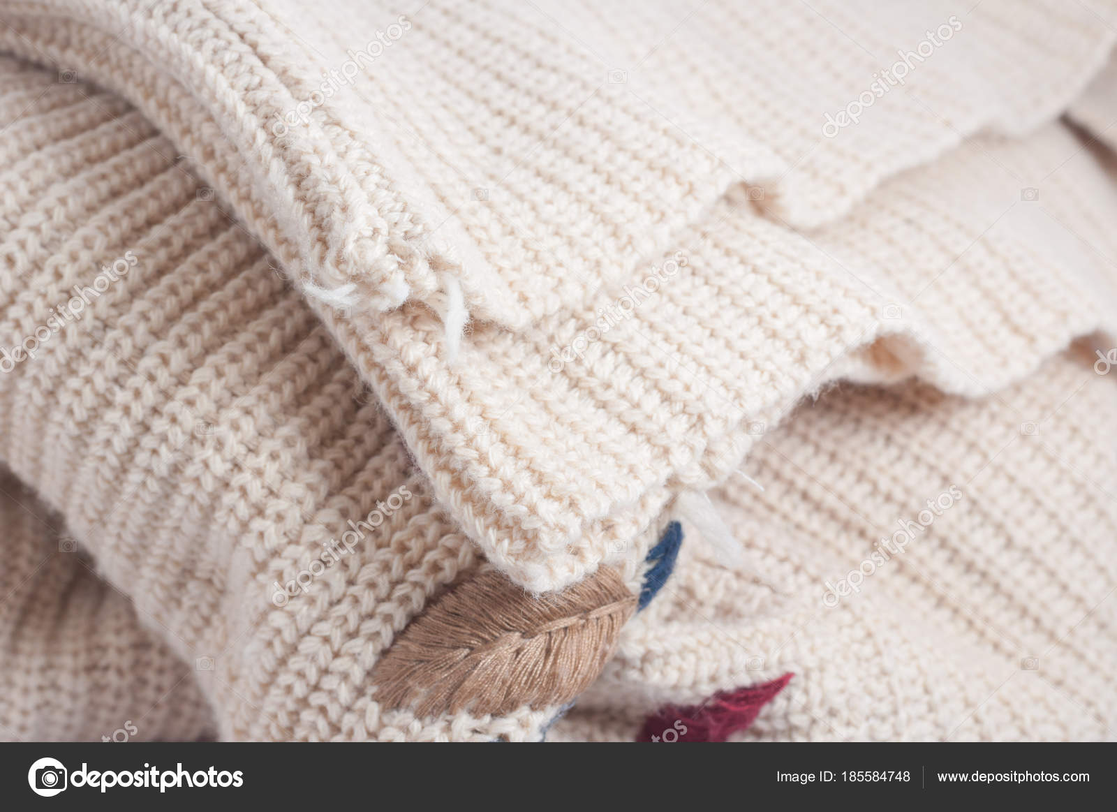 Knit Brown Yarn Ruffle Wrinkle Texture — Stock Photo