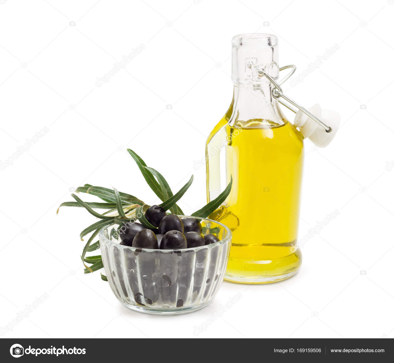 Black olives, olive oil and olive branch — Stock Photo