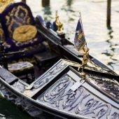 Fotografie Angel statue with flag on gondola, Grand Canal, Venice, Veneto, Italy