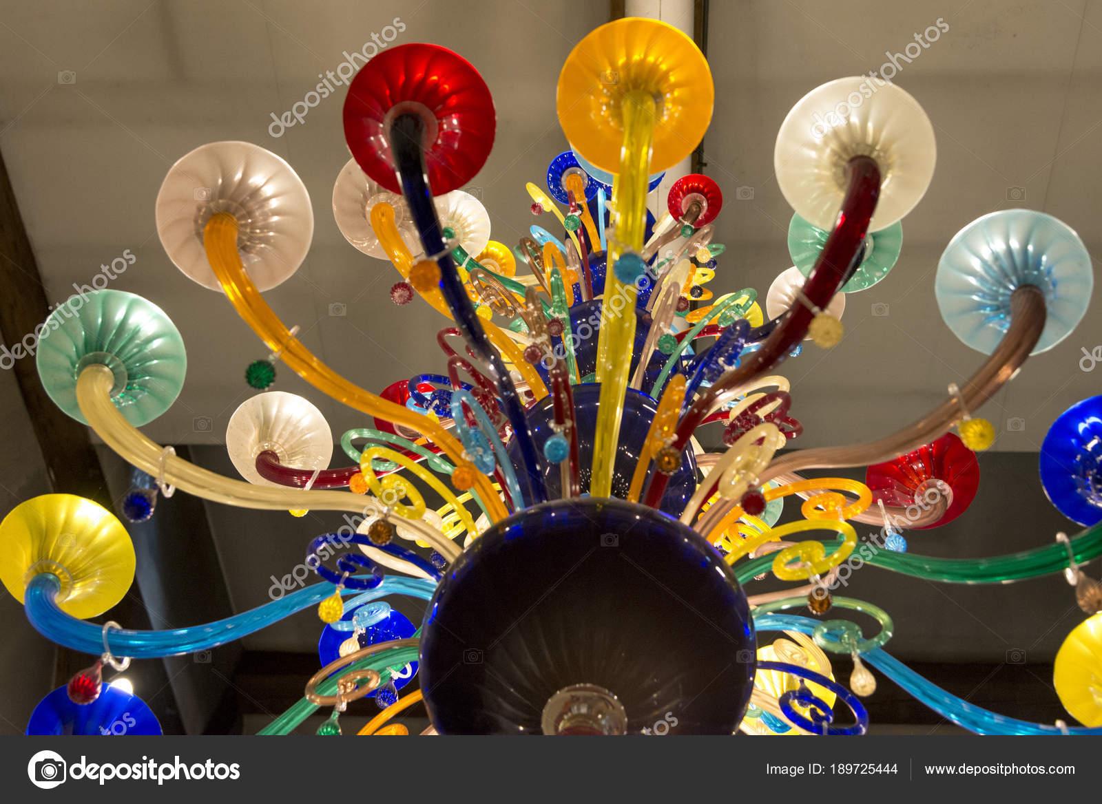 Kronleuchter Aus Murano Glas ~ Kronleuchter aus muranoglas stockfotos kronleuchter aus