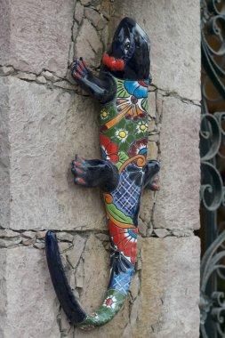 Close-up of sculpture of lizard on wall, San Agustin, Dolores Hidalgo, Guanajuato, Mexico