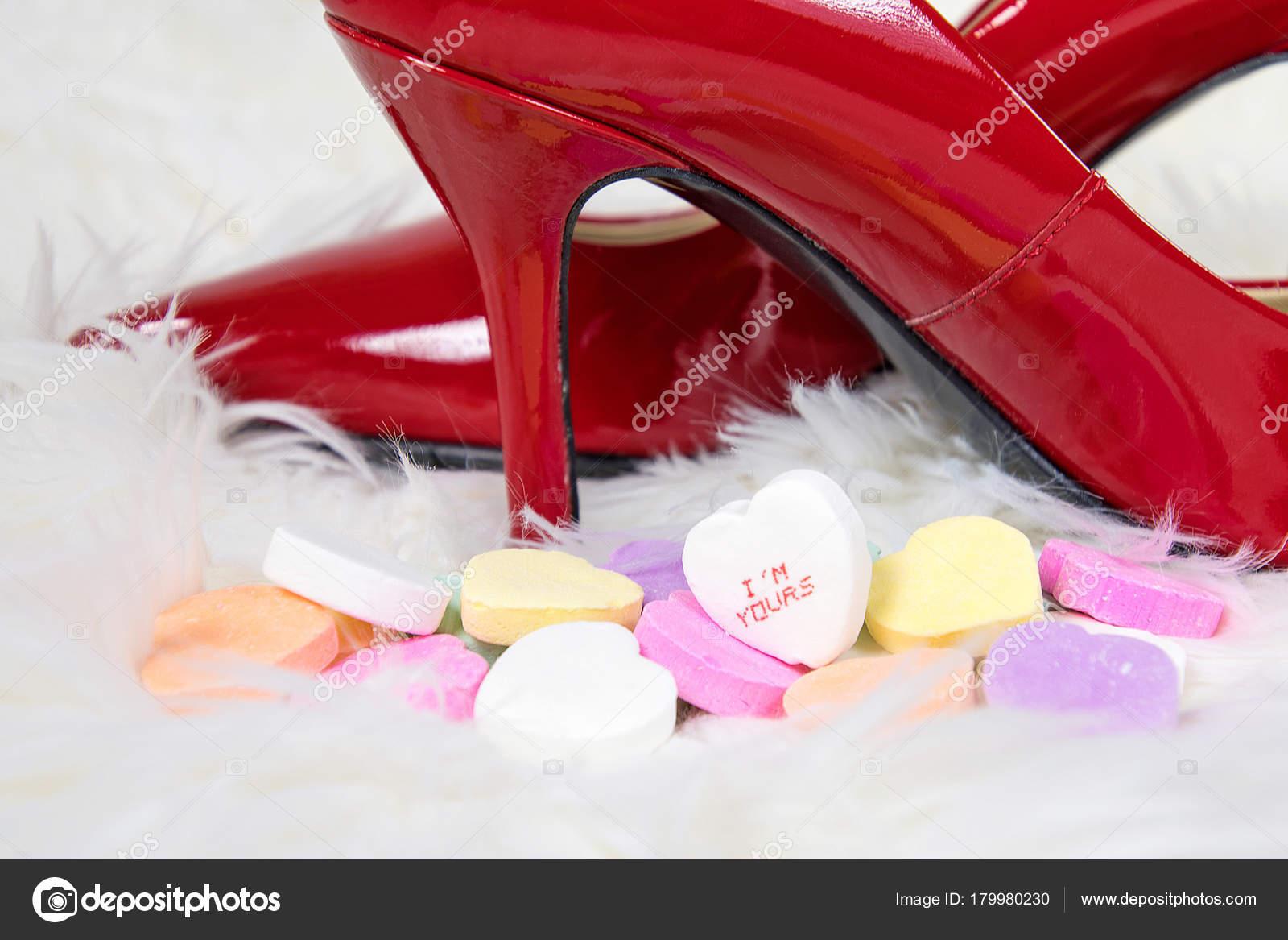 Tacco Rosso Cuore Valentino Alto Caramella Pelliccia Scarpe San Con TdrxgqCwd
