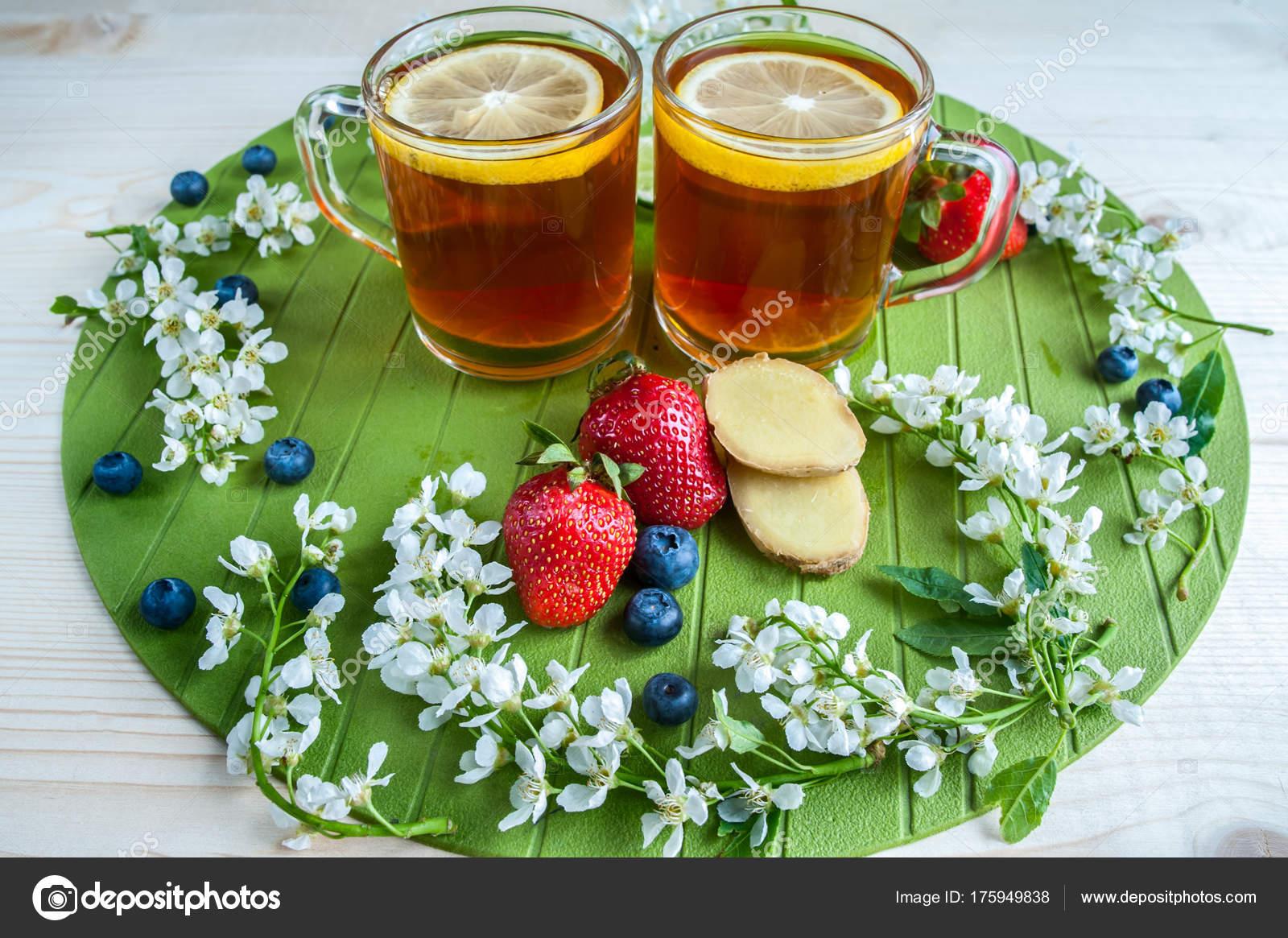 Hintergrund Der Tee Schwarzer Tee Mit Zitrone Ingwer Limette