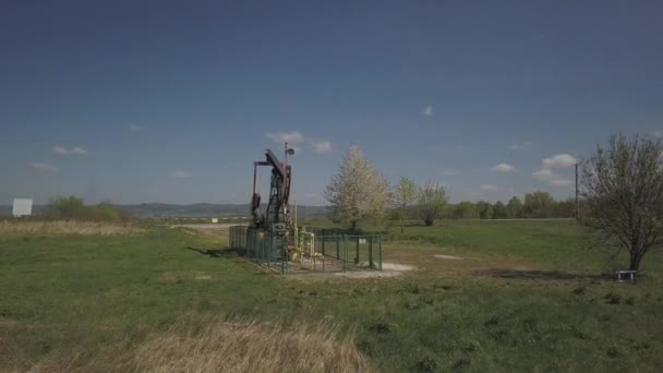 Stazione di pompaggio di olio oprating. Tansport e distribuzione del petrolio. Tecnologia del sistema di trasporto di olio. Manuale di formazione per la raffinazione del petrolio. Estrazione delle risorse naturali.