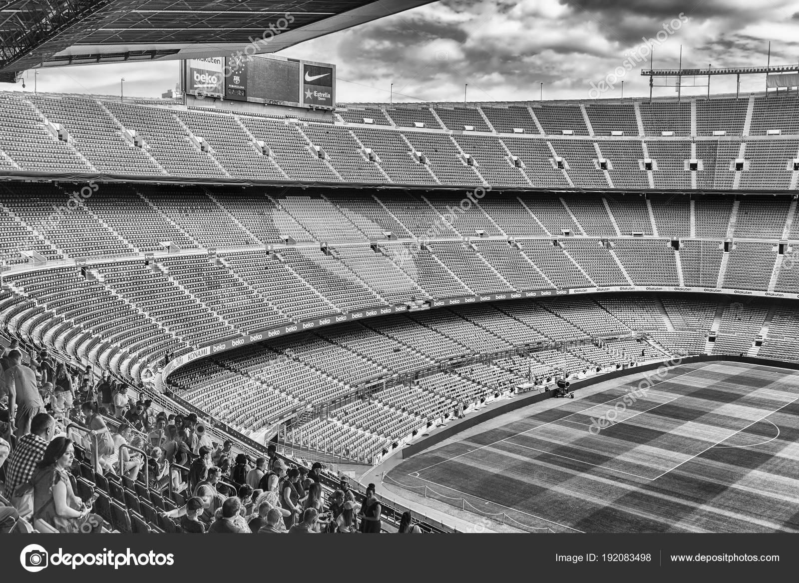 Barcellona - 11 agosto  Vista all interno dello stadio Camp Nou a0487066020