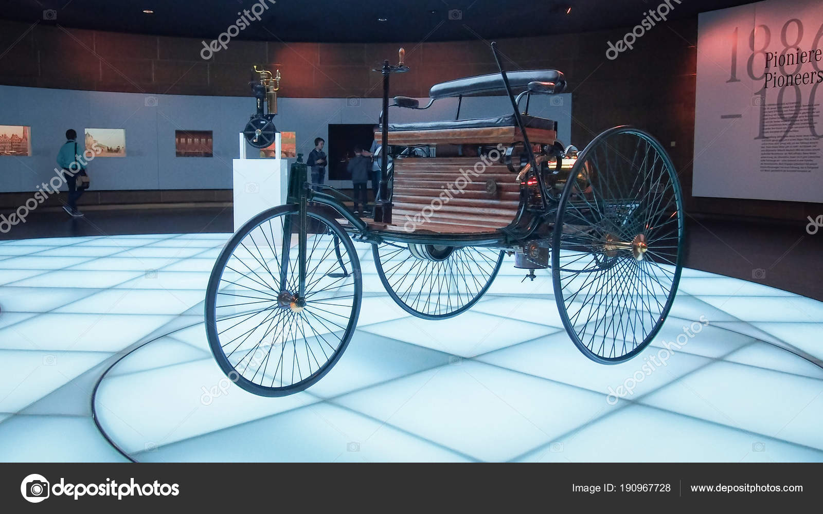 Stuttgart Germany April 2017 1886 Benz Patent Motorwagen Benz Patent ...