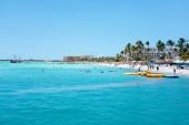Palm beach sullisola di Aruba nel Mar dei Caraibi