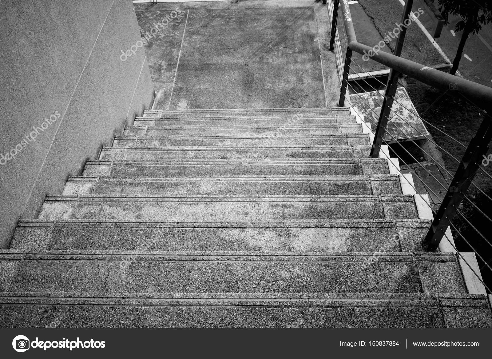 Noir et blanc pierre et escalier en béton détail de l