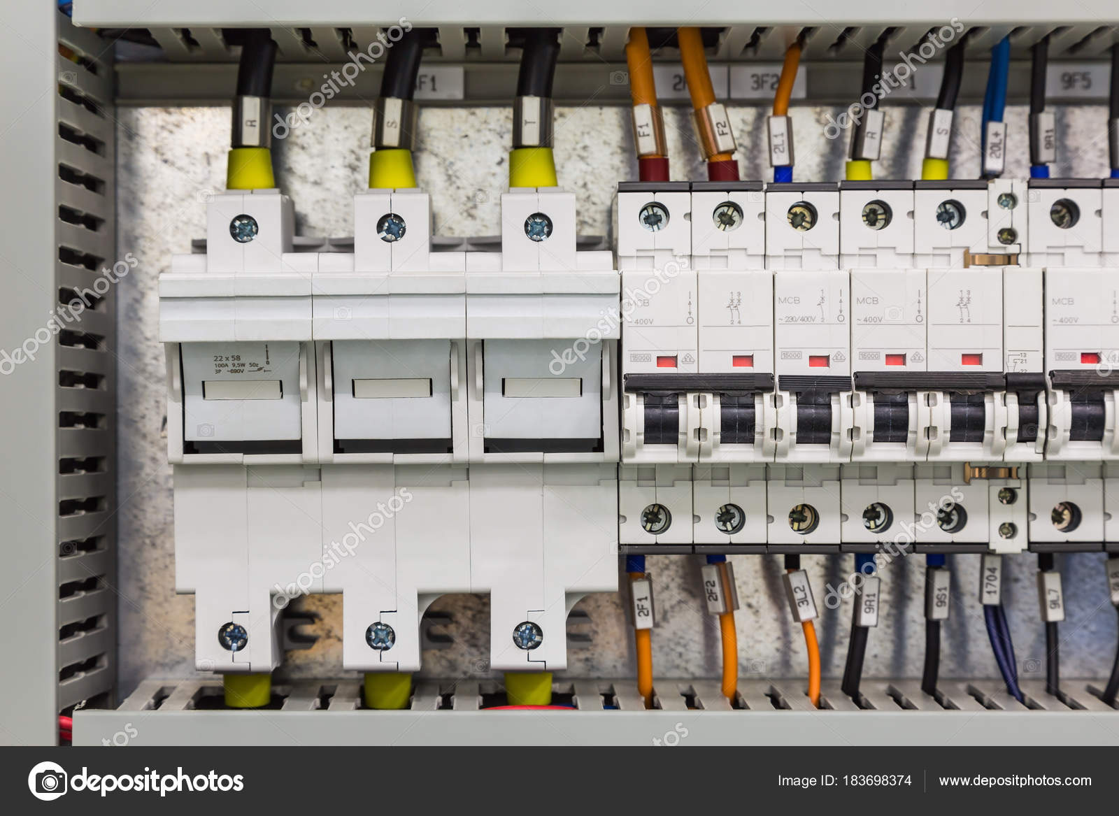 Elektrische Geräte — Stockfoto © teptong #183698374