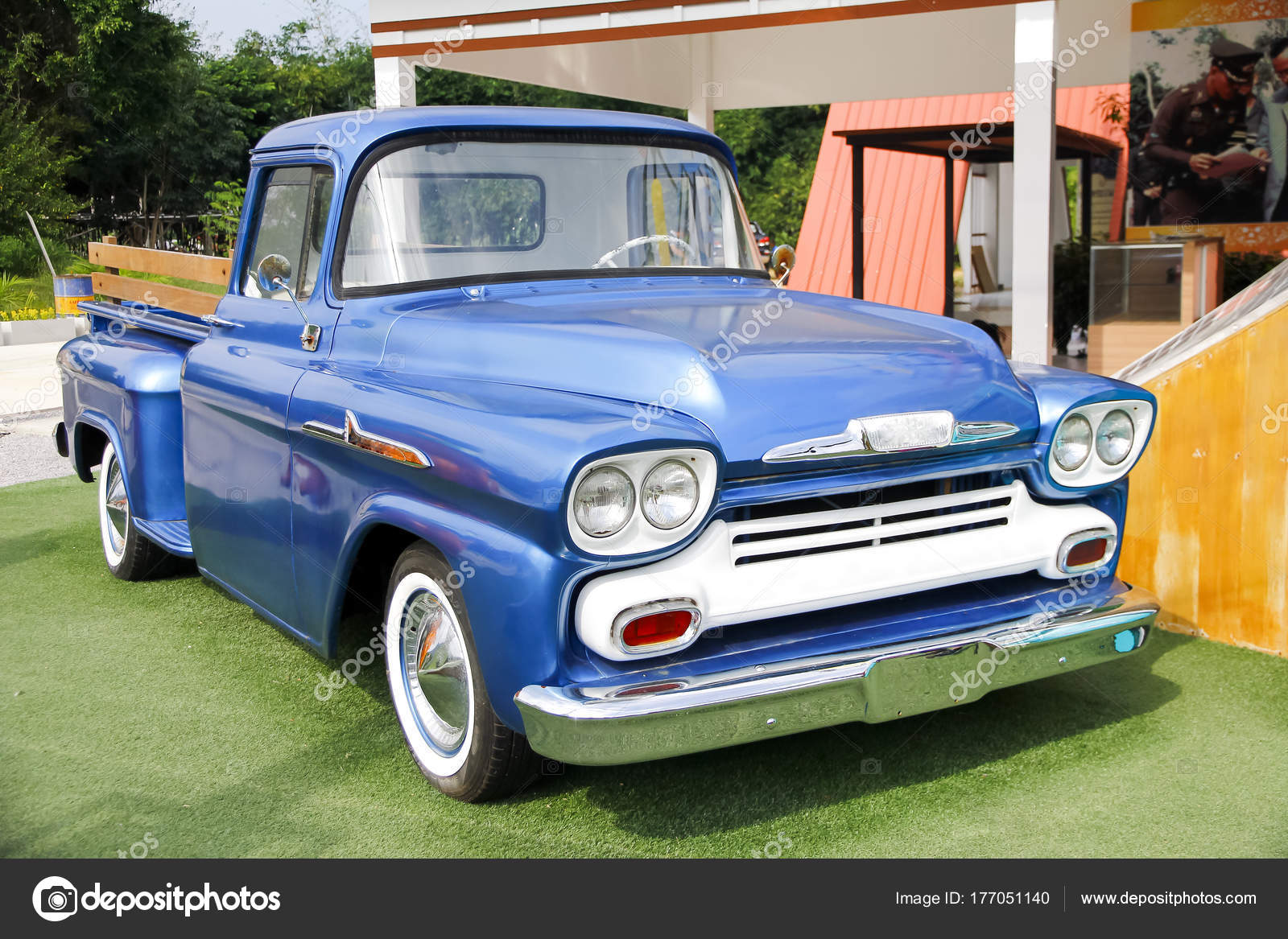 Old pickup truck in the country – Stock Editorial Photo © singkamc ...