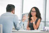 Fotografie Business Lady Durchführung von Job-interview