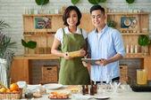 Vlastníků malých podniků: mladý pár dělat a prodávat mýdlo