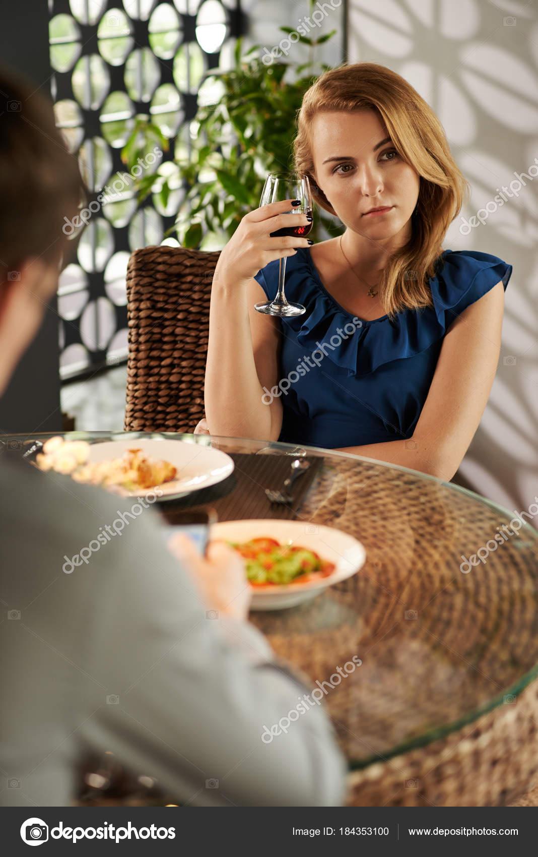 Ανύπαντρης κυρίες για dating στο Λάγκος