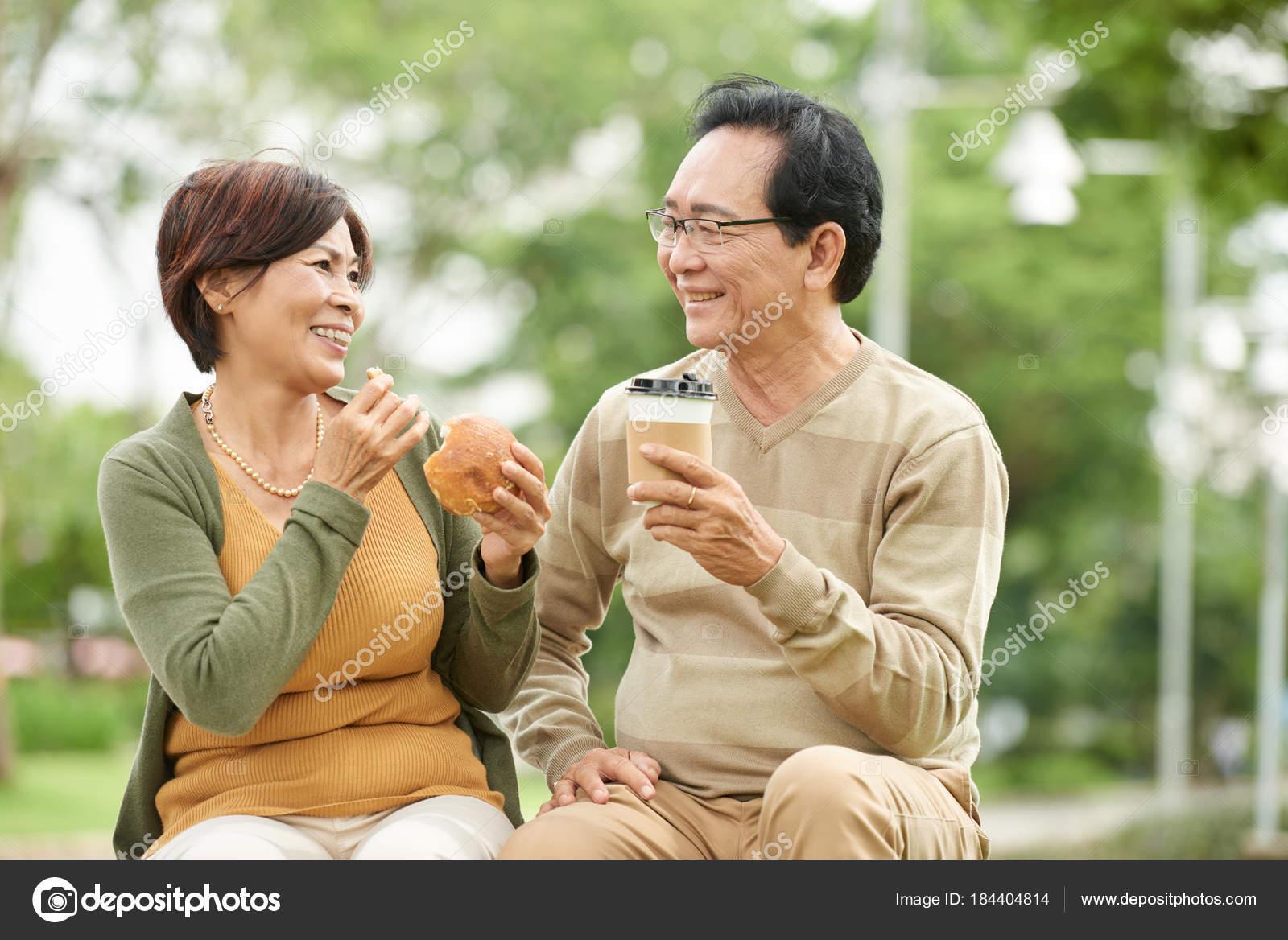 Asiatische Brautpaare online datieren