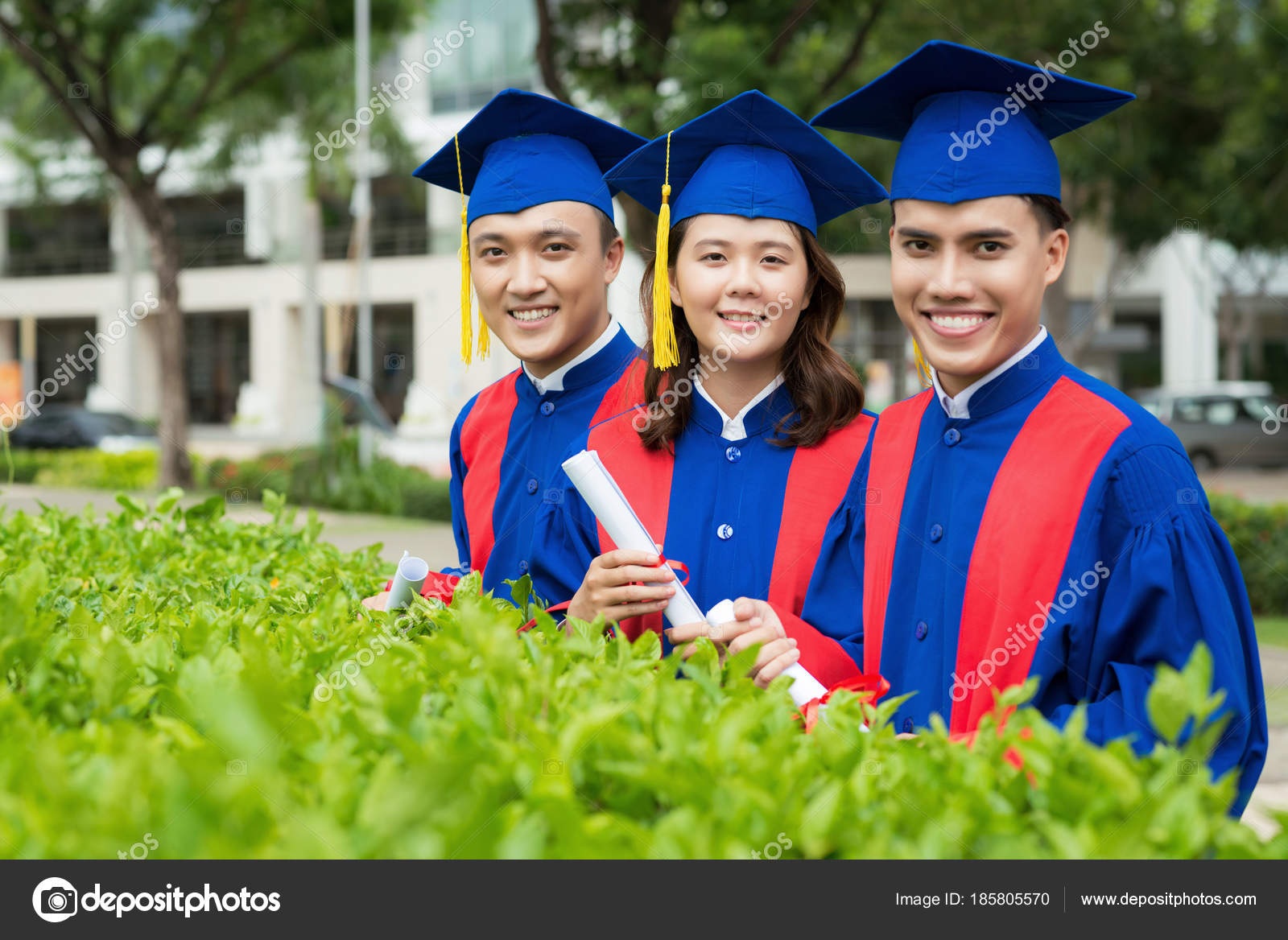 Smiling Vietnamese Students Graduation Gowns Posing Photography ...