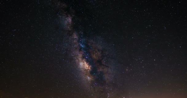 Prostorová cestování směrem k galaxie ve vesmíru