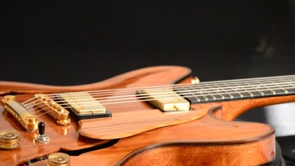 Jazz gitár forgó, zenei eszköz