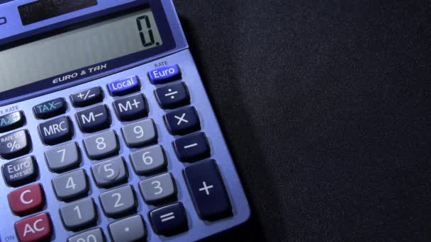 Calculating with a domestic calculator differentes operations