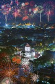 Tűzijáték felett Grand Palace