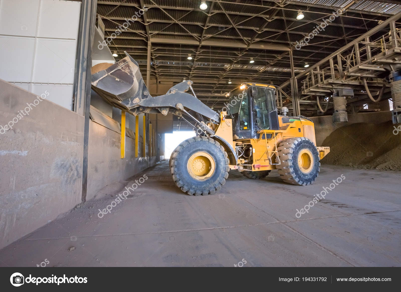 Cape Town South Africa June 2018 Digger Truck Loading Clay Stock