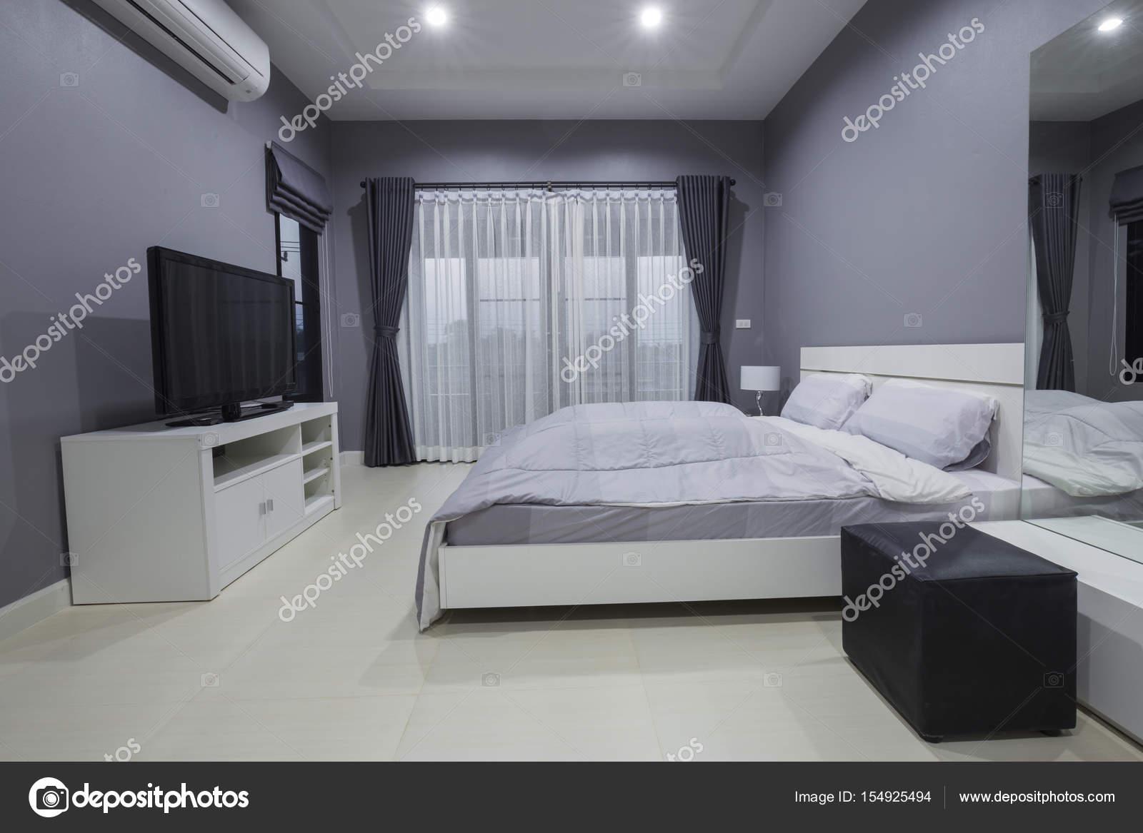 moderne Schlafzimmer-Interieur — Stockfoto © geargodz #154925494