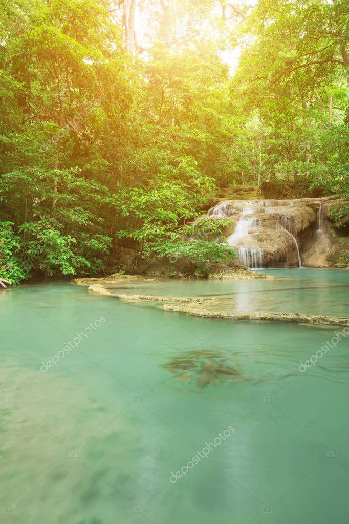 Фотообои Level 1 of Erawan Waterfall with Neolissochilus stracheyi fish i