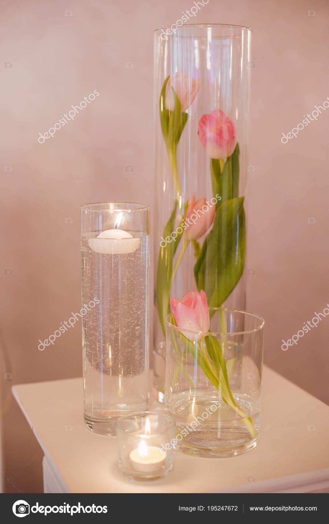 Nahaufnahme Foto Schone Hochzeit Dekoration Mit Rosa Tulpe Blumen