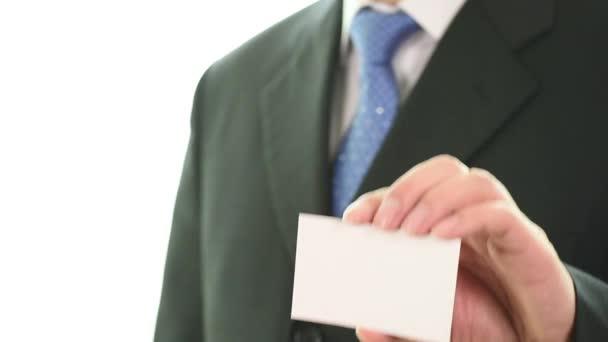 férfi kezét mutatja a névjegykártya - Vértes shot fehér alapon