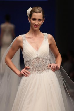 Amare Bridal Couture Fall 2017 collection show