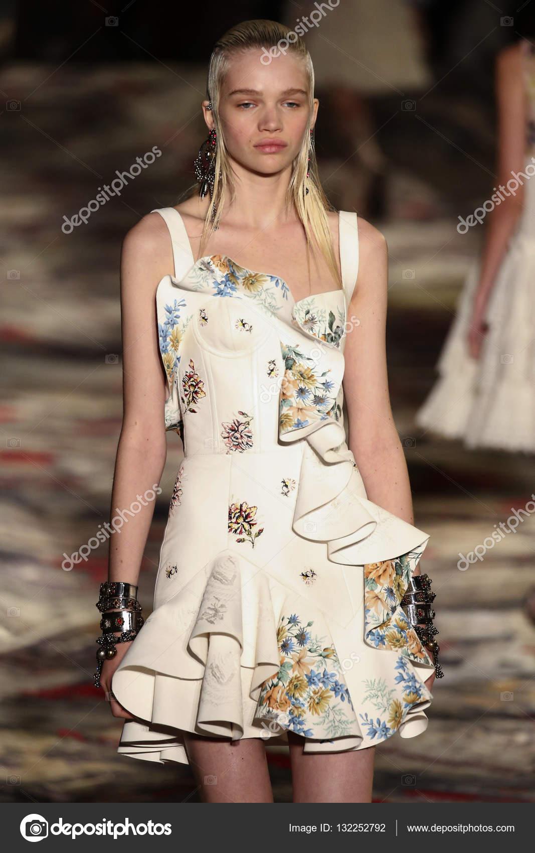 ba5633482 Alexander McQueen designed by Sarah Burton show – Stock Editorial ...
