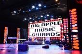 Celková atmosféra na jevišti během Big Apple Music Awards