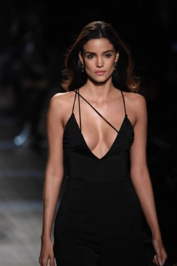 Cushnie Et Ochs collection