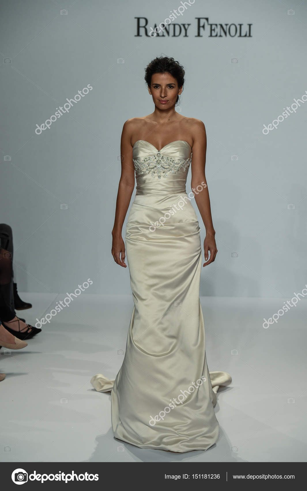 Randy Fenoli Bridal show – Stock Editorial Photo © fashionstock ...