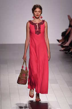 Badgley Mischka fashion show