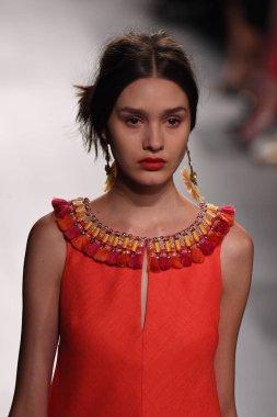 Badgley Mischka fashion show