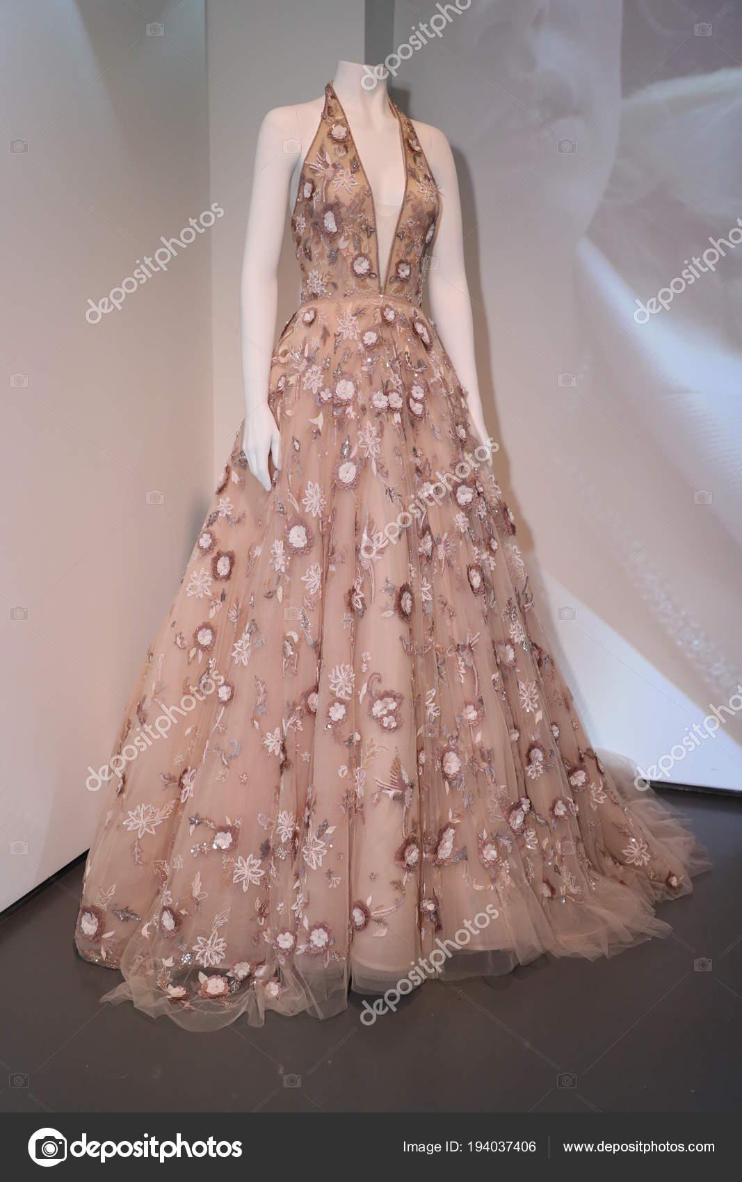 Moderno Vestido De Novia Rivini Modelo - Colección de Vestidos de ...