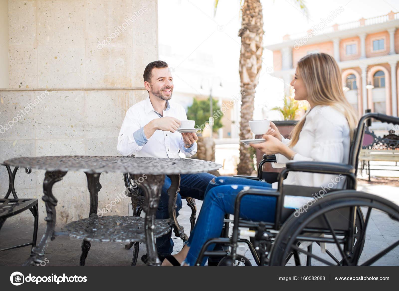 sito Web di incontri su sedia a rotelle incontri arabi in USA