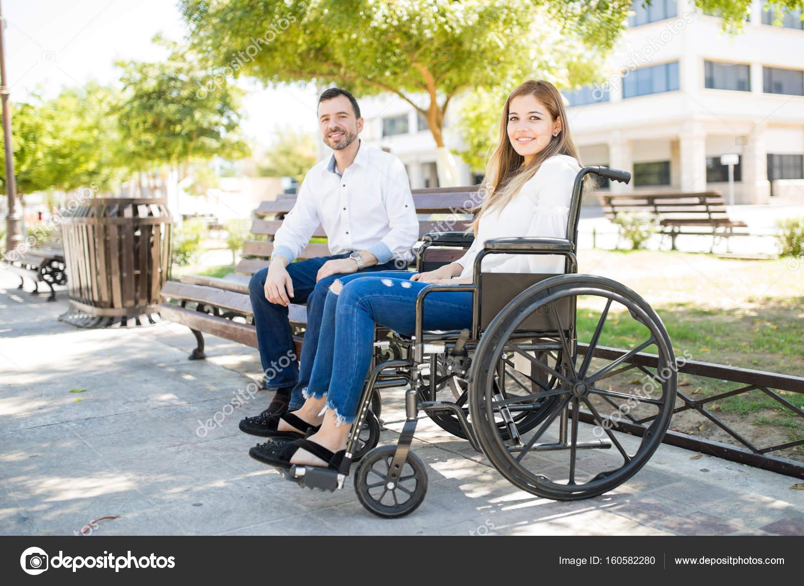 datazione ragazzo in sedia a rotelle incontri senior in Australia