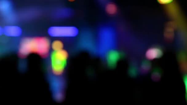 A focus klub háttér a fények és táncoló emberek
